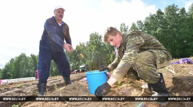 Лукашенко рассказал, кто для него главный оппозиционер