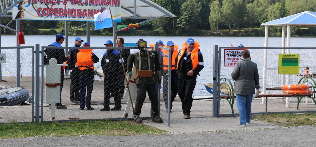 В Барановичах проходит республиканский чемпионат по спасательному многоборью