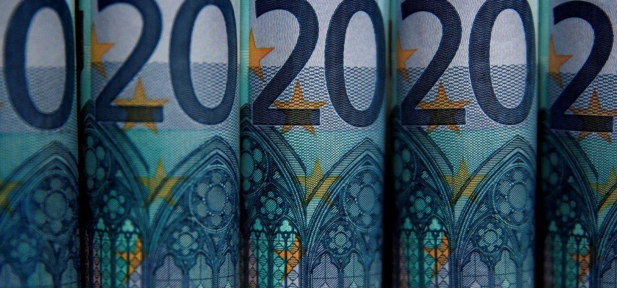 В Эстонии средняя зарплата выросла до 1050 евро чистыми