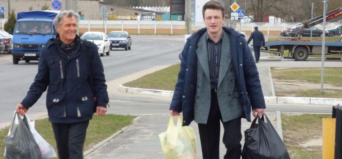 От барановичского активиста требуют оплатить пребывание в ИВС, за которое он рассчитался еще несколько месяцев назад