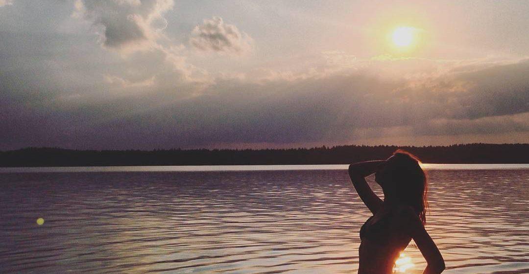 Барановичи в Instagram: горячие девушки в купальниках-3