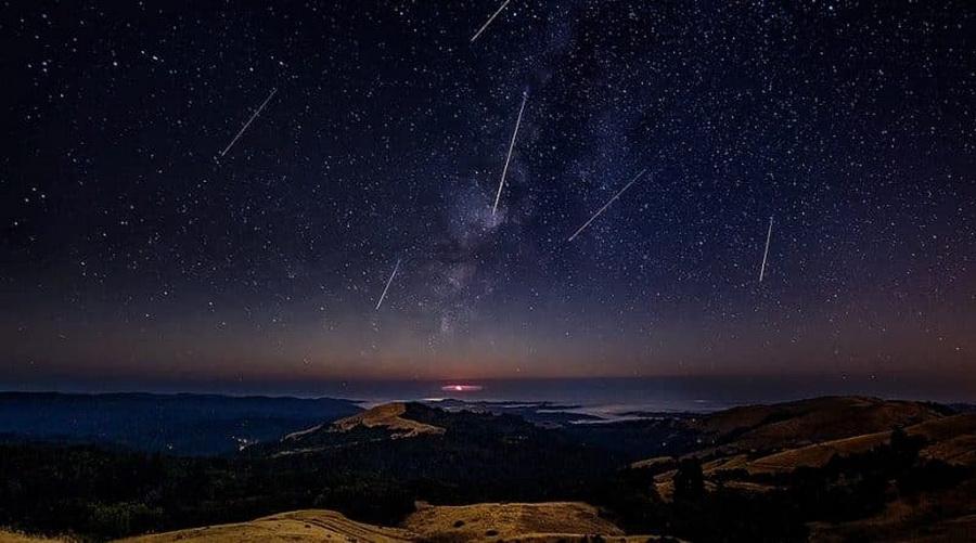 Ночью 22 апреля жители Барановичей смогут увидеть метеорный поток