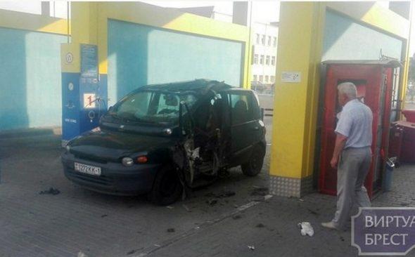 В Бресте во время заправки автомобиля взорвался газовый баллон