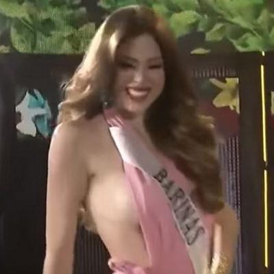 На конкурсе красоты «Мисс Земля Венесуэла» у участницы соскользнул купальник, обнажив грудь (видео)