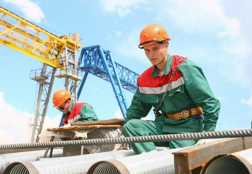 Портрет белорусского строителя: 41 год, с профессионально-техническим образованием