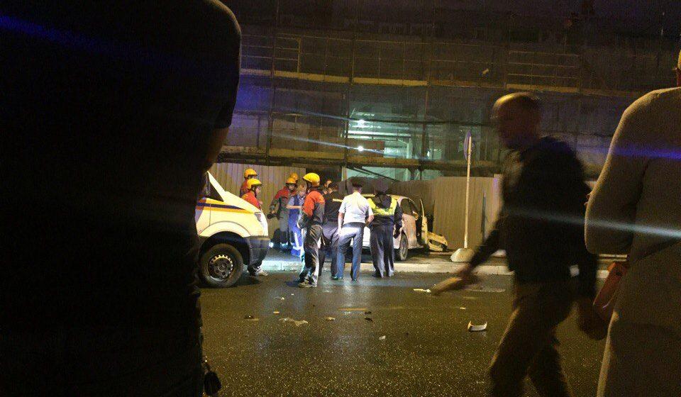 В Санкт-Петербурге автомобиль въехал в толпу людей – есть погибшие