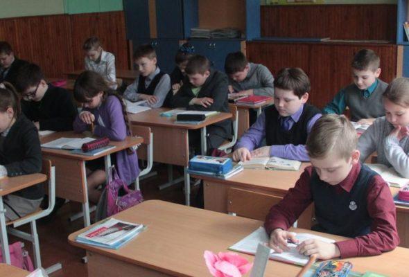 В барановичских школах уплотнили классы