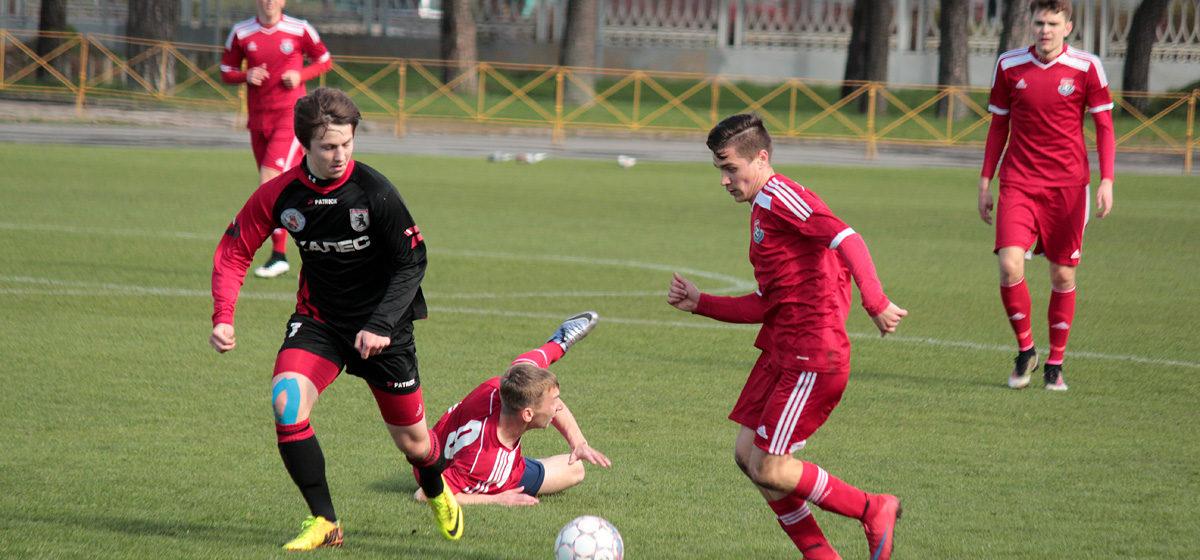ФК «Барановичи» в выездном поединке в Сморгони одержал волевую победу и продлил беспроигрышную серию до пяти матчей