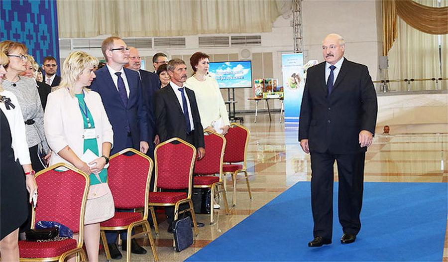 Александр Лукашенко назвал русский язык менее родным, чем белорусский