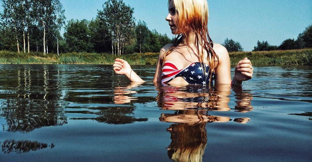 Барановичи в Instagram: девушки в купальниках-2