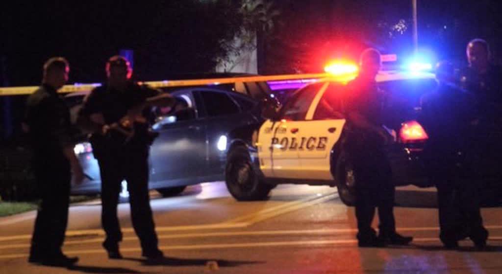 Американские полицейские застрелили женщину, которая хотела покончить с собой