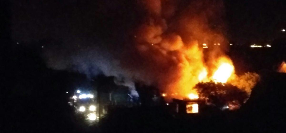 Отец и дочь чуть не погибли на пожаре в Барановичах
