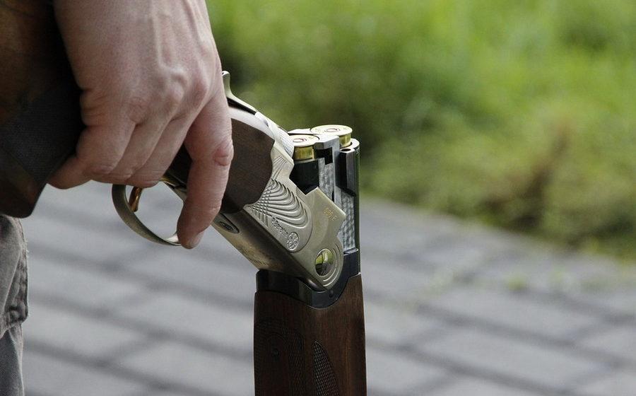 В Орше 13-летний мальчик случайно застрелил младшего брата
