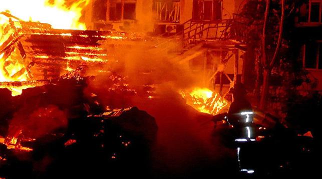 Во время пожара в детском лагере в Одессе погибли три ребенка