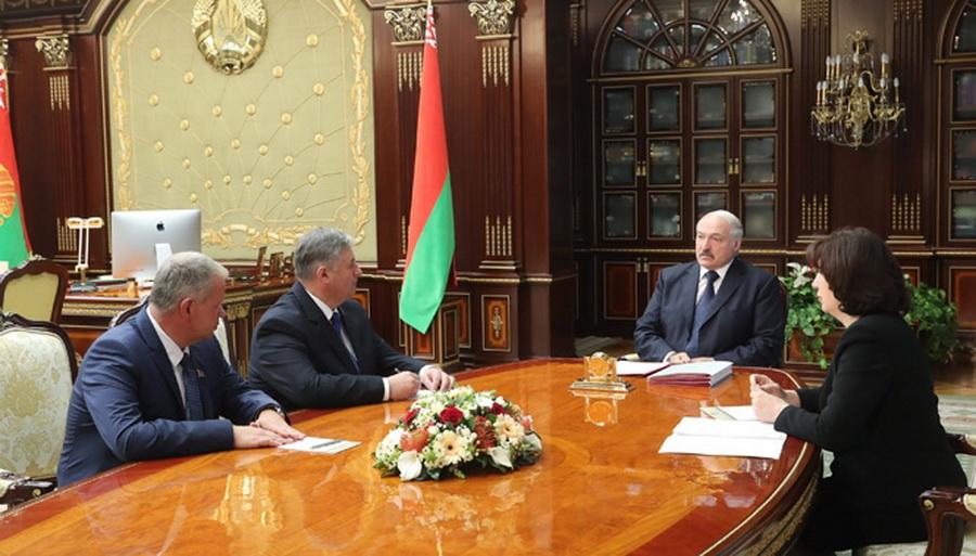 Лукашенко: Не надо душить в студентах жилку и струнку вольнодумства