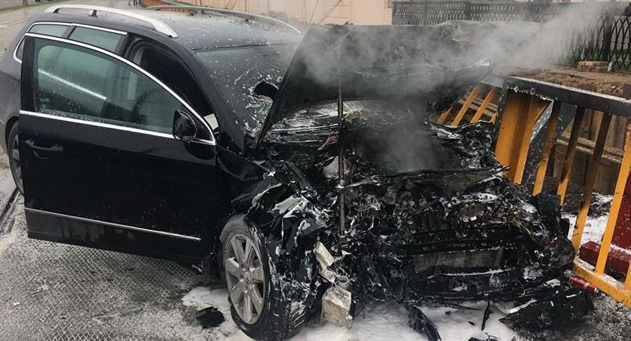 В Минске бесправник, уходя от погони ГАИ, врезался в машину милиции