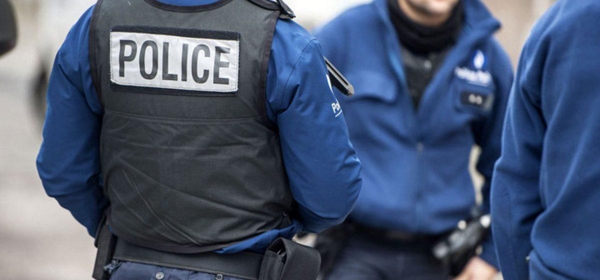 Под Парижем по наводке сантехника задержали двух предполагаемых террористов