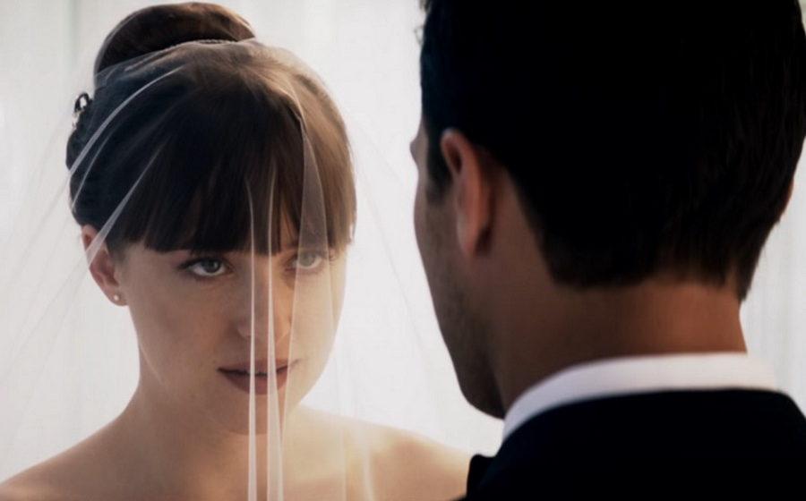 Студия Universal показала первый трейлер последней части «50 оттенков серого»
