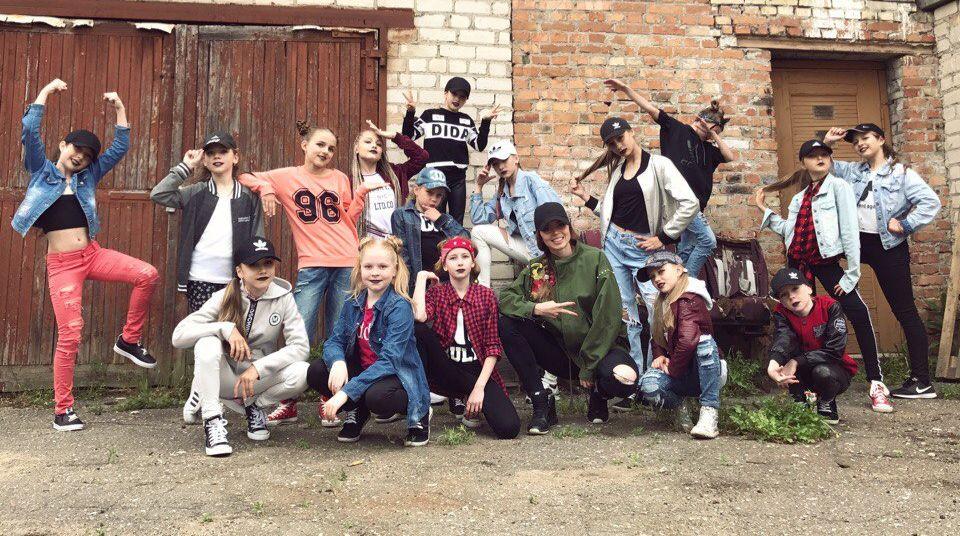 Барановичские танцоры из Ananko dance school сняли три танцевальных клипа