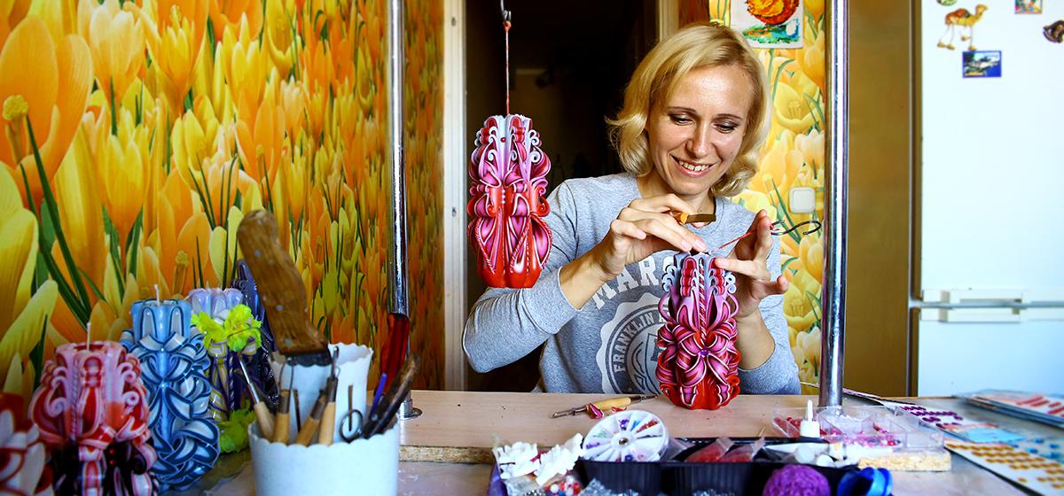 Мой бизнес. Как жительница Барановичей стала заниматься изготовлением декоративных свечей