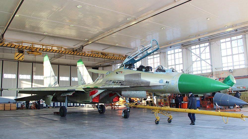На Барановичском «АРЗ-558» ремонтируют российские истребители для продажи в Анголу