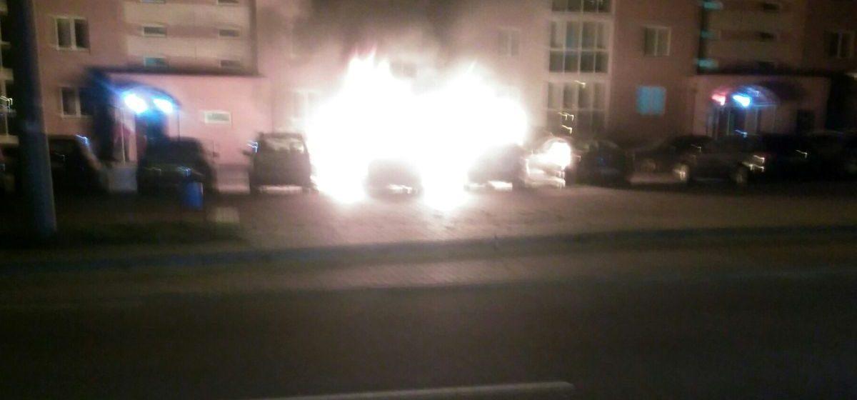 В ночь на 27 сентября в Барановичах горели три автомобиля