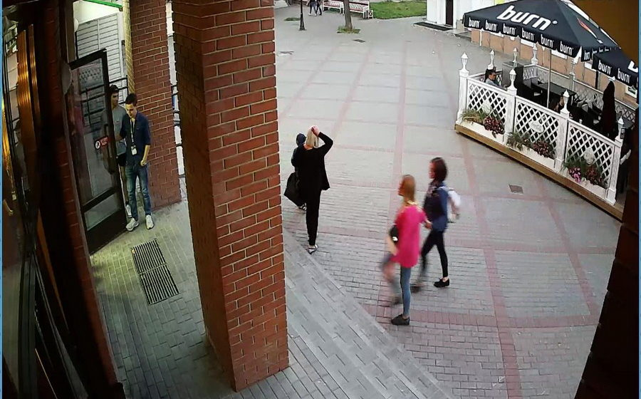 В Барановичах милиция разыскивает двух девушек, которых подозревают в краже