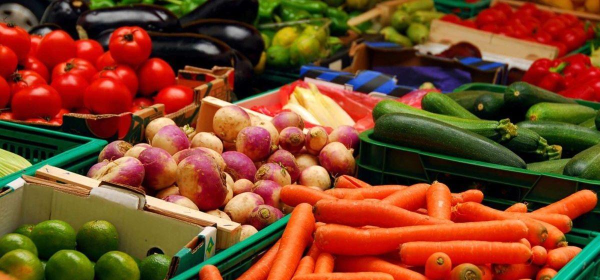 Что почем. На барановичских рынках вдвое подорожали овощи, а огурцы – в три раза
