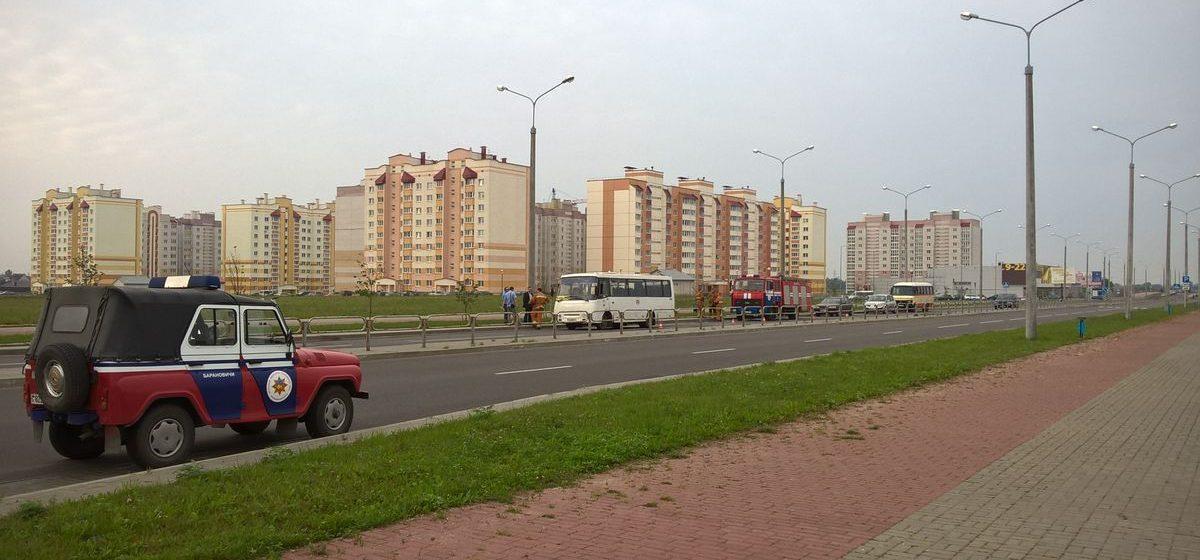 В Барановичах рейсовый пригородный автобус задымился во время движения