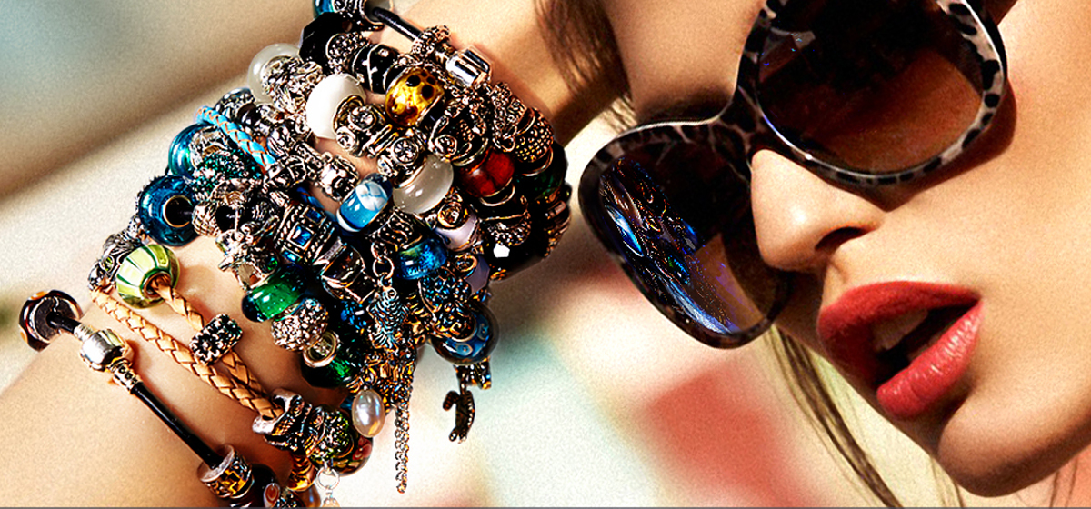 Раньше была мода на фенечки, а теперь на браслеты PANDORA*