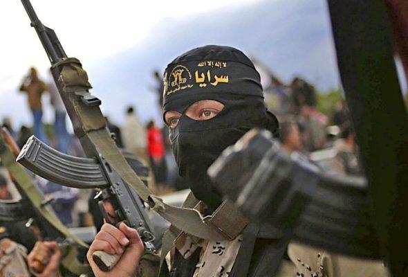 «Исламское государство» объявило своей целью футболистов Месси и Неймара