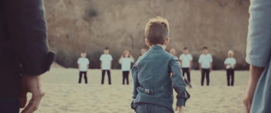 Михалок представил новый клип на песню «Годзе», в котором главными героями стали его сын Макар и жена Светлана
