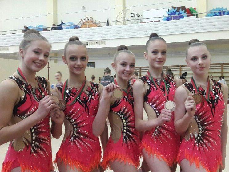 Юные барановичские гимнастки на чемпионате Беларуси дебютировали с медалями