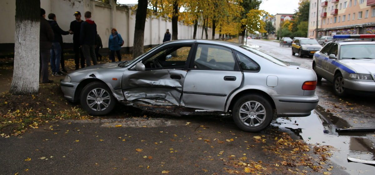 В Барановичах в результате ДТП пострадала девушка-водитель