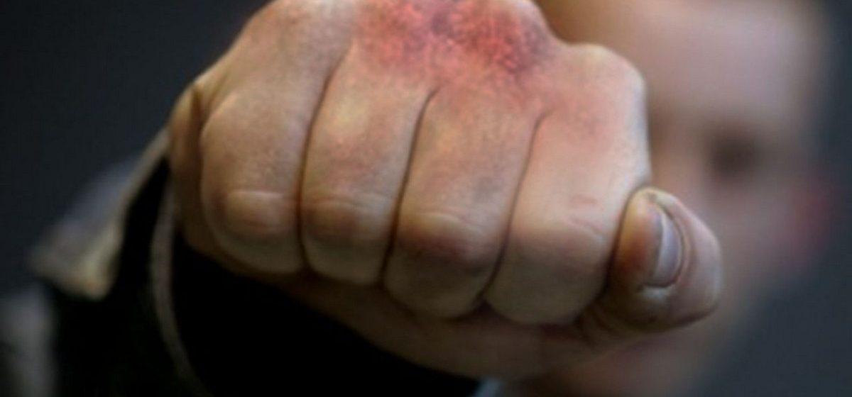 Житель Барановичей в Горках избил мужчину, сделавшего ему замечание