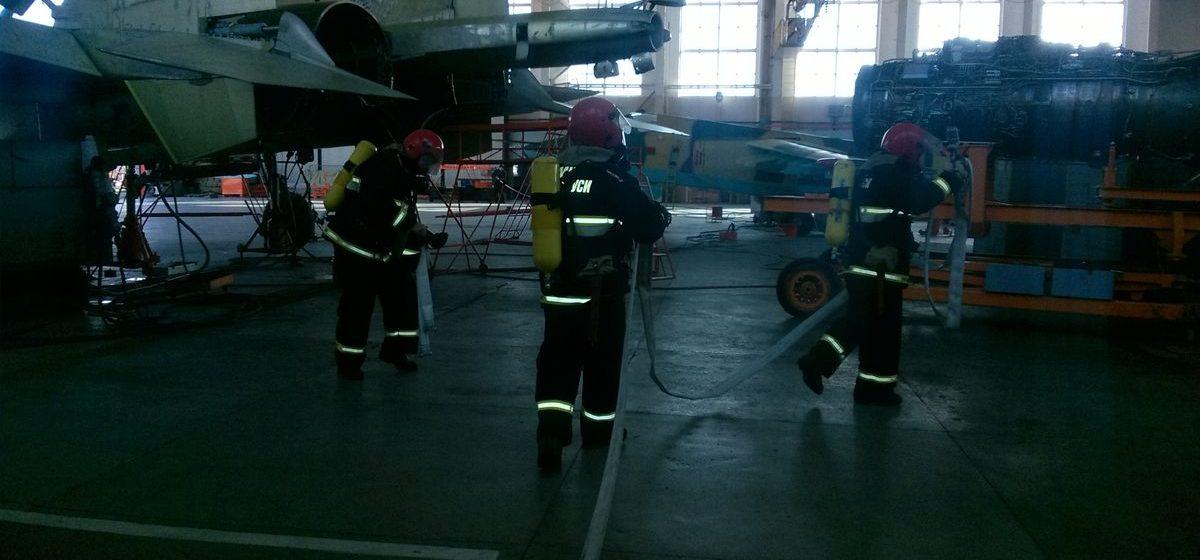 В Барановичах во время ремонта произошел «взрыв» топливного бака самолета