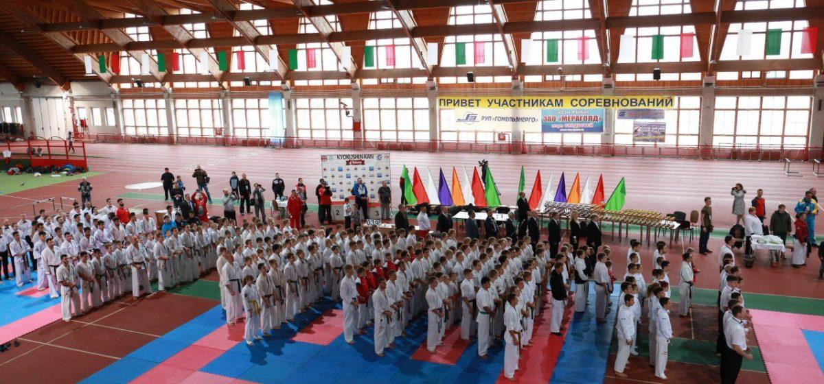 Четверо каратистов из Барановичей стали призерами турнира по киокушинкай