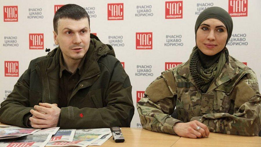 Под Киевом обстреляли автомобиль Адама Осмаева, подозреваемого в покушении на Путина, его жена Амина Окуева — убита