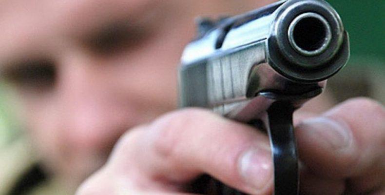 В Ошмянах парень обстрелял из пневматики девушек, которые не захотели к нему подойти