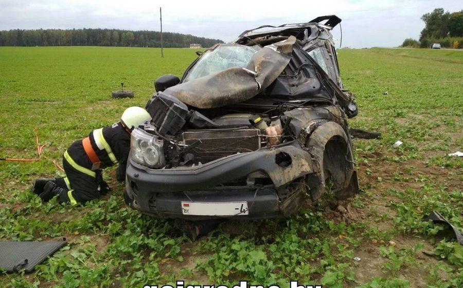 В Вороновском районе автомобиль вылетел в кювет и перевернулся, два человека погибли
