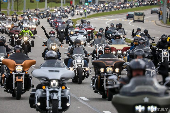 Стало известно, когда мотоциклистам усложнят экзамены и какие дополнительные испытания появятся