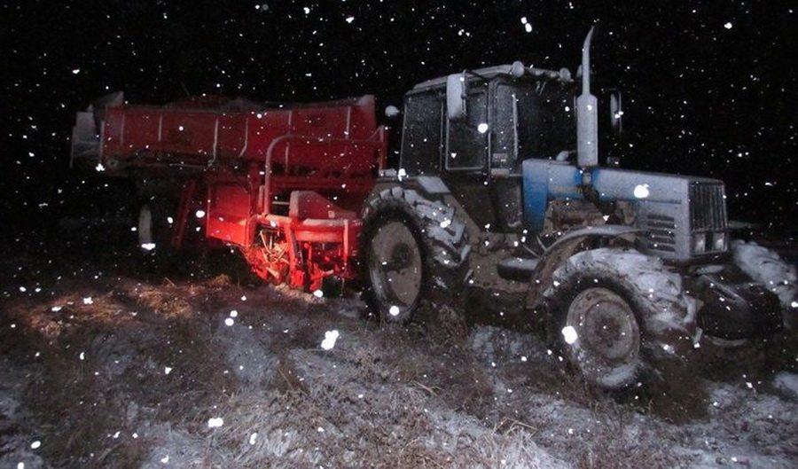 В Чашникском районе во время уборки картошки погиб рабочий