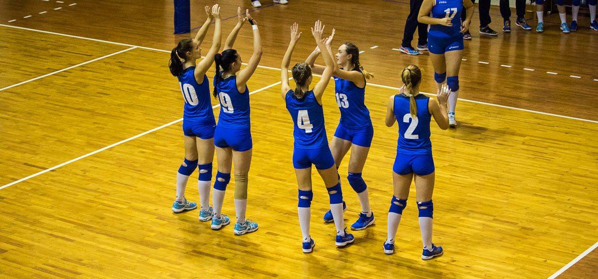Барановичский «Атлант-БарГУ» в чемпионате страны по волейболу одержал две победы над гродненским клубом