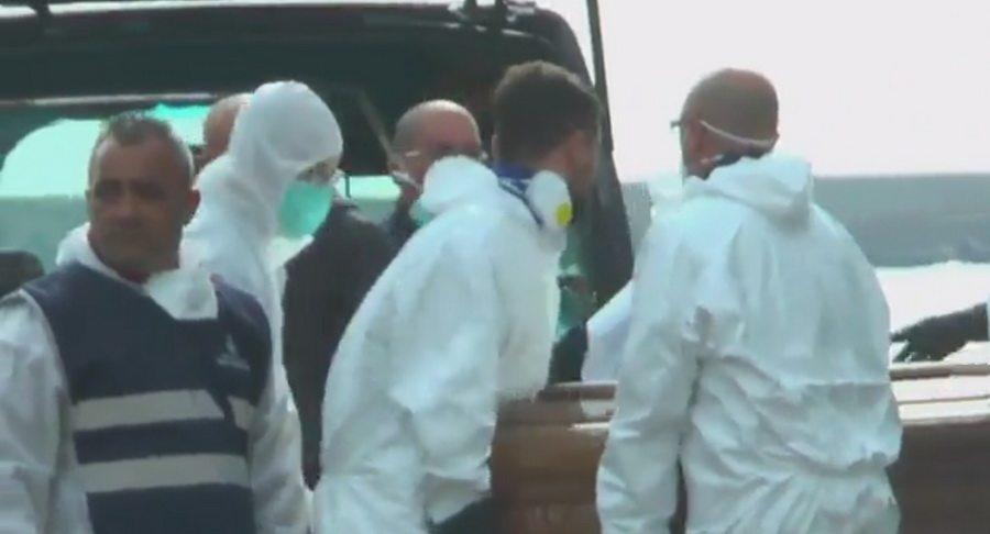 У побережья Италии нашли тела 26 изнасилованных девушек