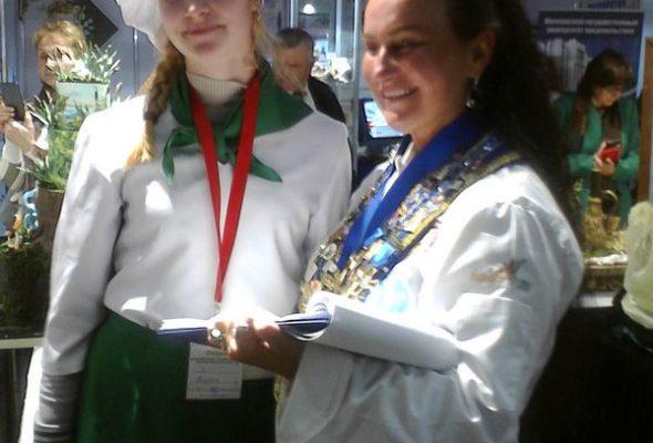 Учащиеся барановичского колледжа победили на Международном чемпионате кондитерского искусства