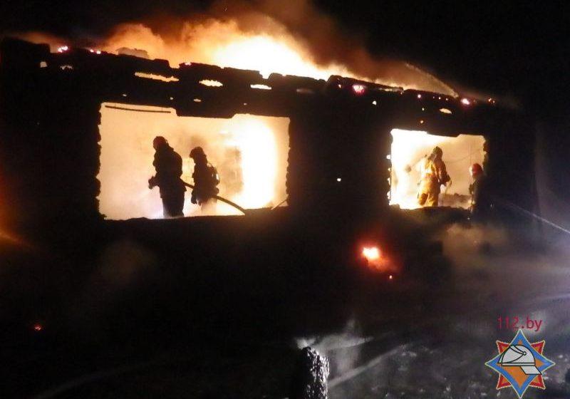 В Могилевском районе при пожаре погибли трое взрослых и маленький ребенок