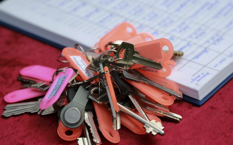 В Гродно за неуплату «коммуналки» должника могут выселить из приватизированной квартиры