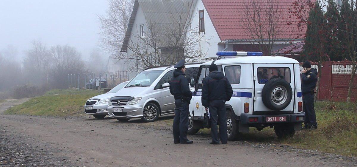 С пистолетом и битой. СК сообщил подробности нападения на женщину-предпринимательницу в Барановичах