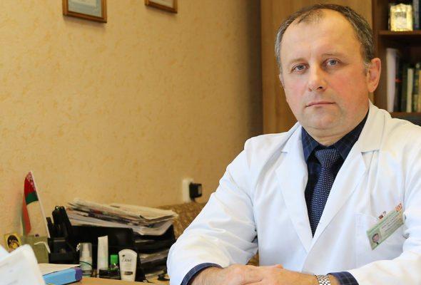 По словам Леонида Володкевича, за последние десять лет количество выявляемых случаев рака молочной железы выросло практически вдвое. Все фото: Александр ЧЕРНЫЙ