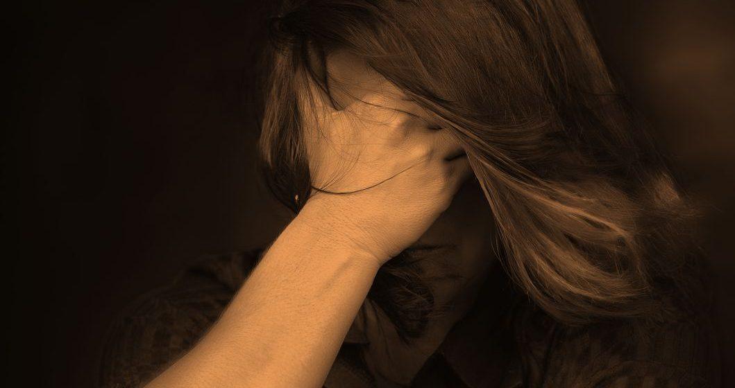 «А что на тебе было»: жертвы изнасилований показали, что на них было надето в день преступления
